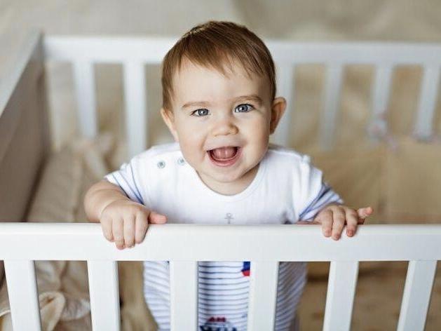Исследования показали, что младенцы улыбаются...