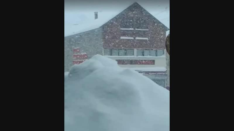 Сильный снегопад в Ла Монжи, юго-запад Франции. 30 января 2019.