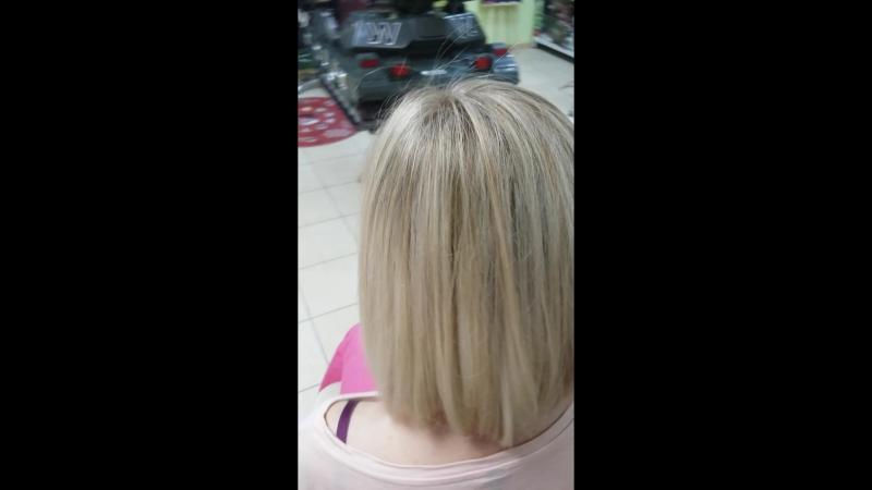 Модное окрашивание для блондинок в Веселом цирюльнике