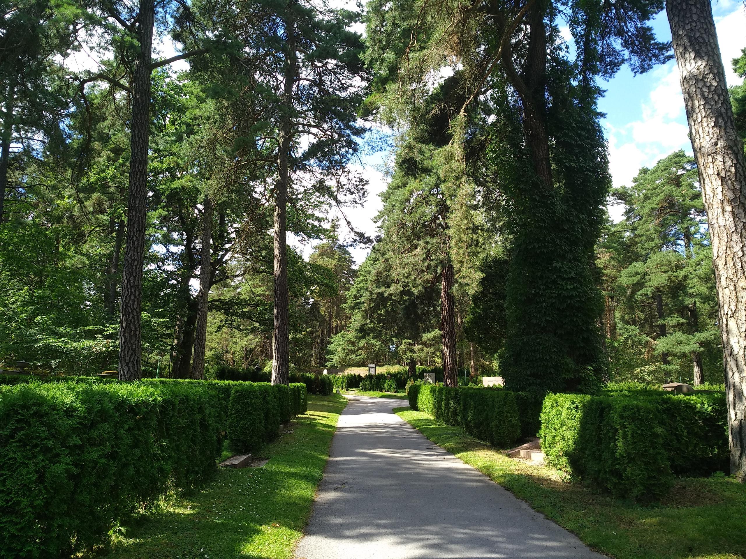 Случайное паломничество к могиле Ингрид Бергман