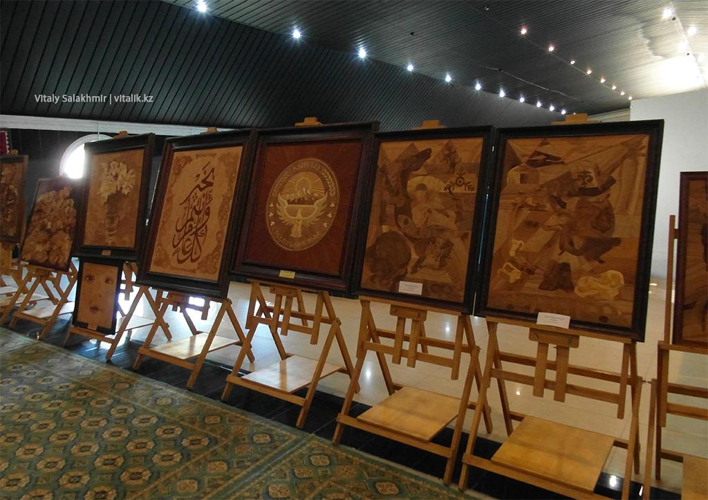 Деревянные картины, Рух Ордо, галерея