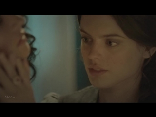 Поцелуй девочек Lesbian Kisses - DESIRE