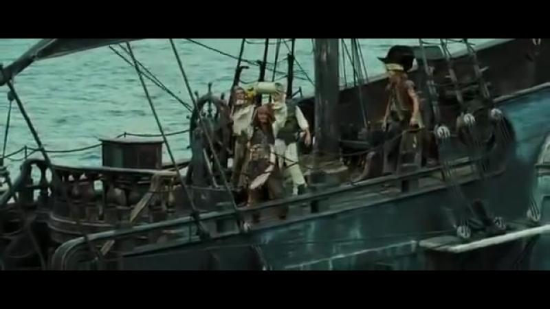 Пираты Карибского моря. Сундук мертвеца (баночка с землицей)