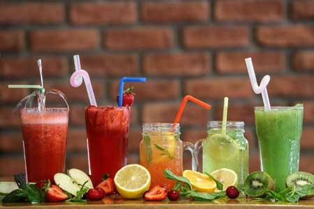 Если вы пытаетесь сбросить вес или поддерживать здоровый вес, вам захочется посмотреть, сколько вы пьете.
