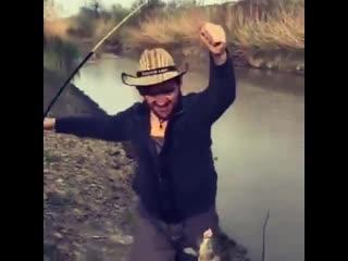 удачная рыбалка - смотреть до конца elfxyfz hs,fkrf - cvjnhtnm lj rjywf