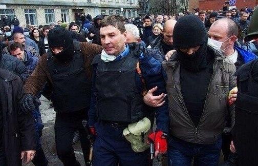 В Горловке освободили начальника милиции, захваченного в плен, - Аваков - Цензор.НЕТ 8733