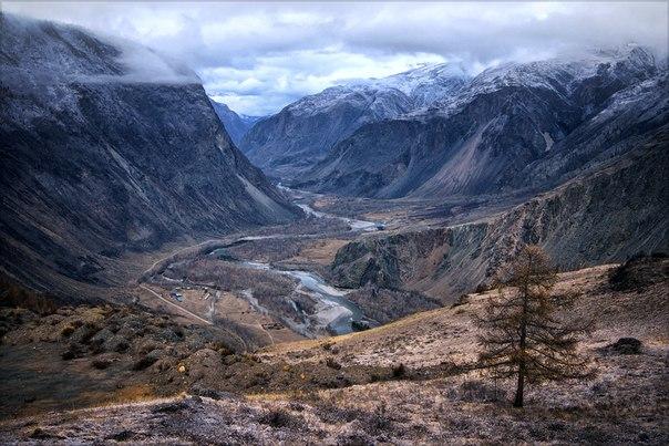 Река Чулышман, Алтай. Автор фото: Олег Липатов.