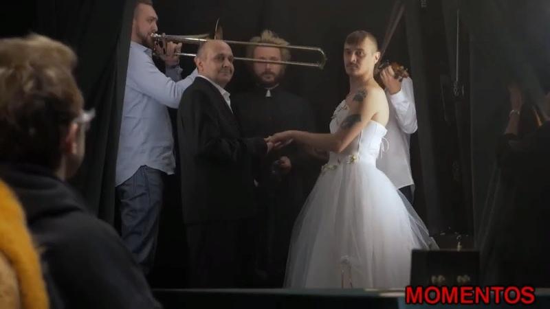 Супер удар Ильи Соболева. Прусикин Илья в свадебном платье.