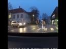 Перевёл бабушку через дорогу