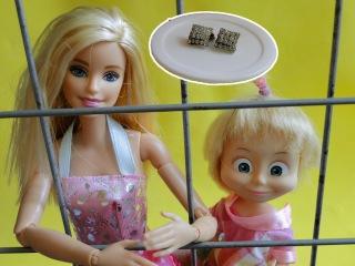 Маша и Барби в тюрьме. Мама Барби. Маша и Медведь. Мультфильм для детей
