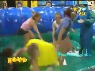 Acábatelo juego Xtremo romper globos,Are,Jaz,Gaby,Ema,Yuli,Wera...