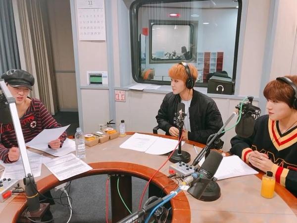 "SBS 라디오 영스트리트 공식계정이에요😎 on Instagram ""위너와 골든차일드의 족발 비54"