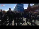 Охрана Путина толкнула ветерана на Красной площади
