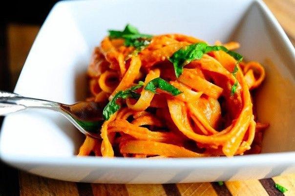 Фетучини в томатно-сливочном соусе