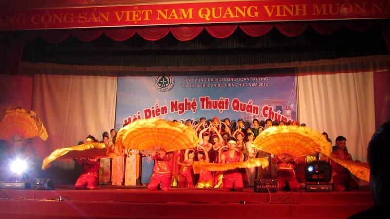 Bài hát Vịnh xuân đất tổ hay nhất Vinh Xuan Dat To Biểu diễn Vịnh Xuân Đất Tổ