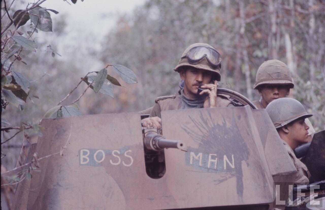 guerre du vietnam - Page 2 8v6uJ9Qae4k