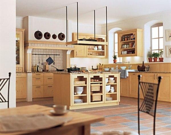 Кухня из натурального дерева, прованс