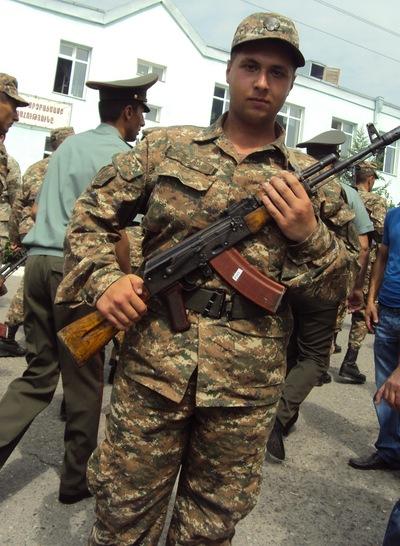 Taron Kazaryan, 20 апреля 1998, Качканар, id99432462