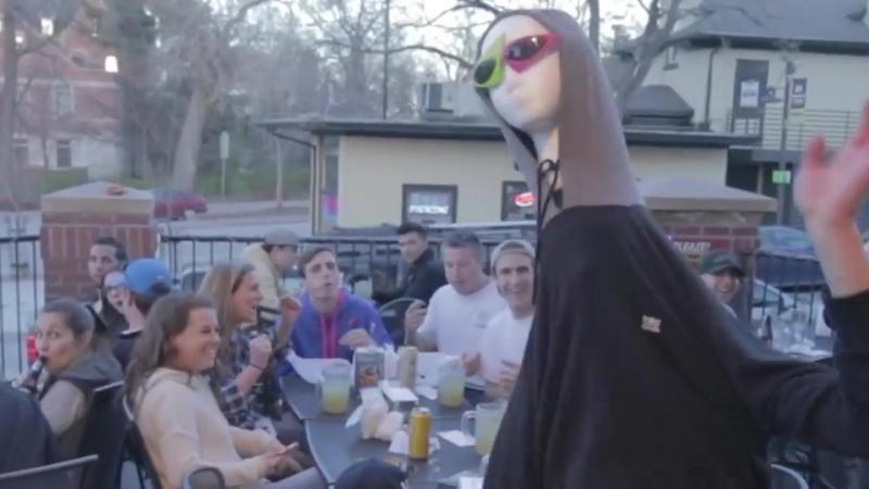Roy Purdy mannequin head dance 5