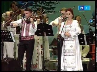 Natalia Munteanu si Ansamblul Fluieras condus de Fratii Stefanet