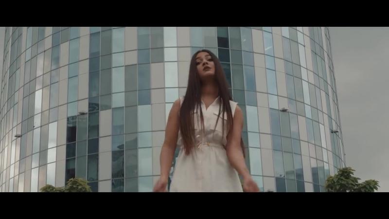 Jon Brian feat. Roxanna - Asta-i dragostea, 2018