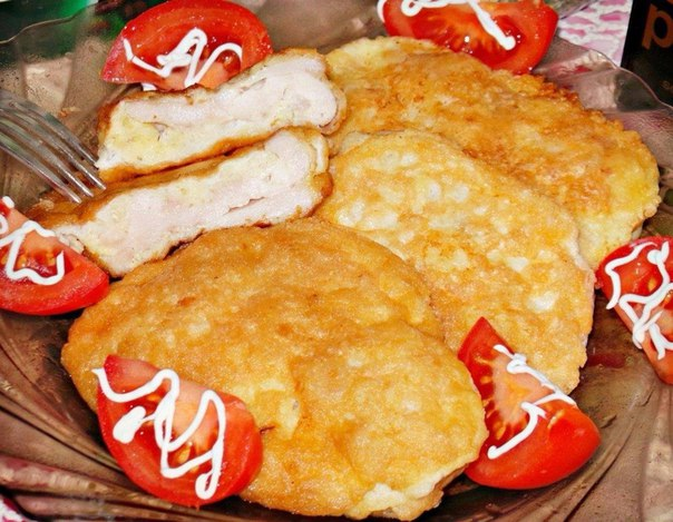 Куриные отбивные в воздушном «одеяле»-это один из моих любимых вариантов приготовления куриной грудки. В результате мясо получается очень нежным,сочным и вкусным.