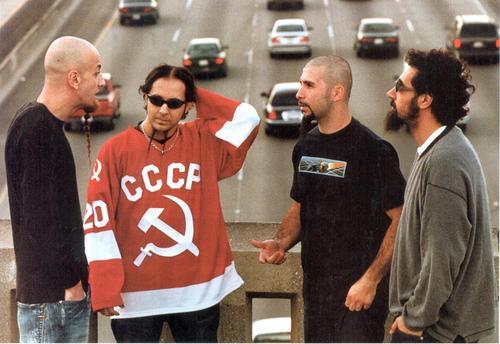 Serj Tankian - System Of A Down DpSYNUu5hC4