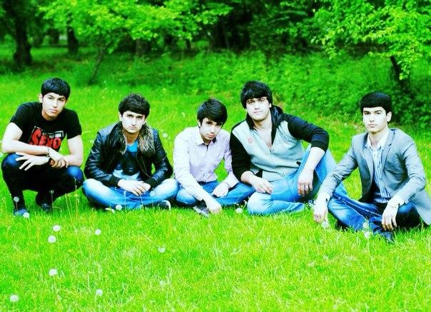фото парни таджики