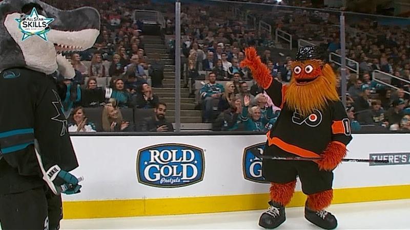 Gritty, S.J. Sharkie battle in Fastest Skater competition\ Хайповый Спорт Хоккей NHL НХЛ nhlnews NHLAllStar