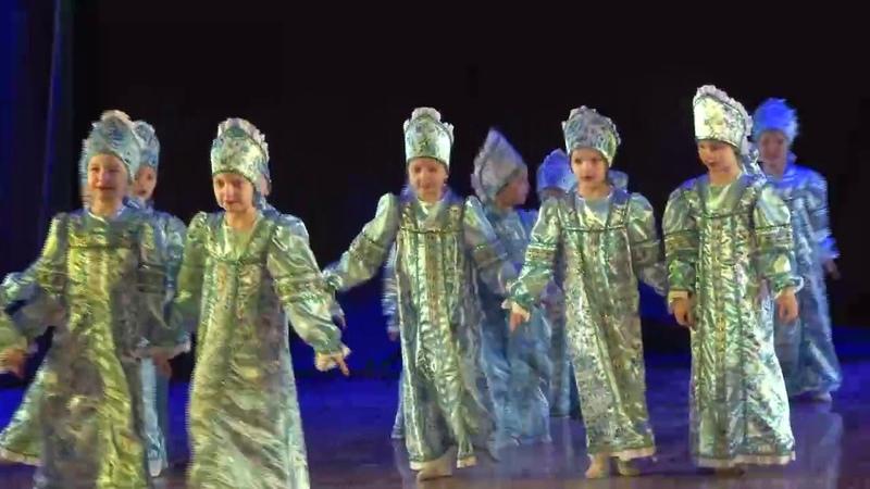 5 Ансамбль Viva dance, народный танец Хоровод Павушки