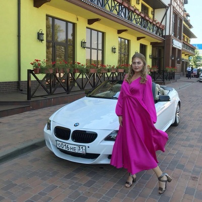 Яна Савенкова