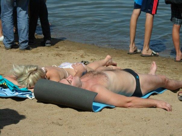 Полное раздевание женщин в раздевалке сауны  смотреть