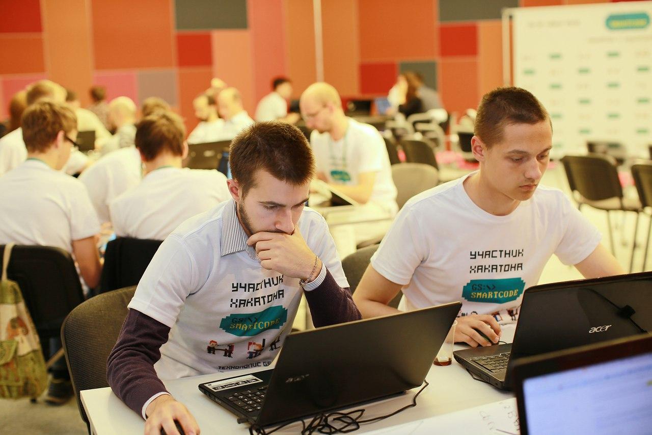 В «Технополисе GS» определили победителей первого хакатона GS Smartcode