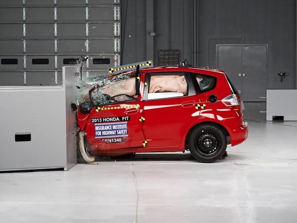 2013 Honda Fit driver side small overlap IIHS crash test