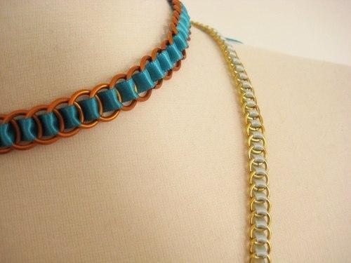 Ожерелье из ленты (9 фото) - картинка