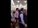 Поступок ревнивой девушки на свадьбе рассмешил пользователей сети