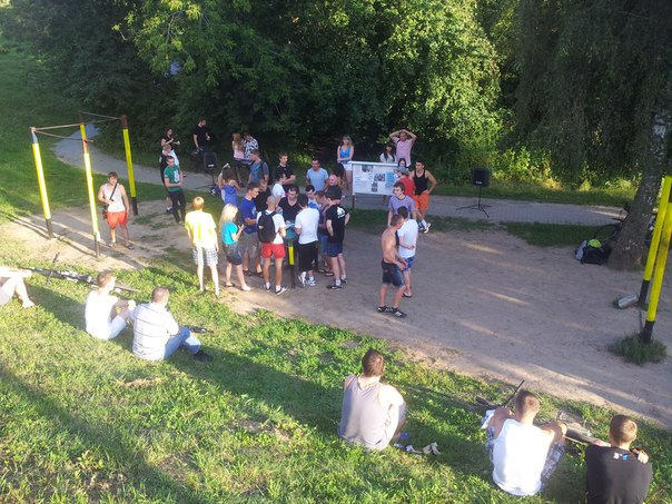 Третьи соревнования по подтягиваниям в Митино