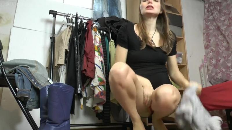 Part girl pee desperation