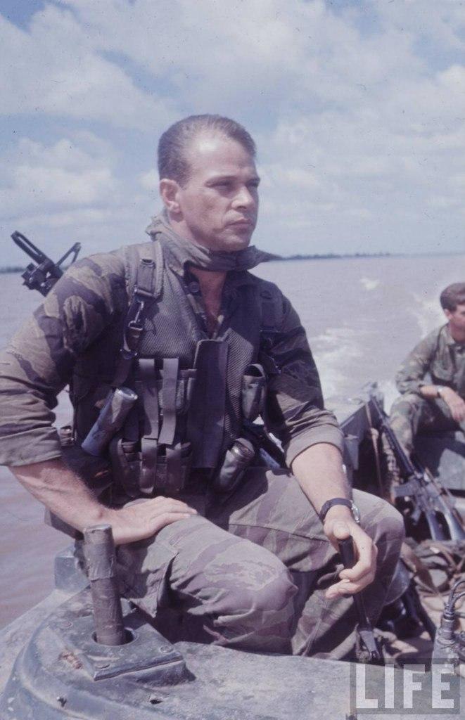 guerre du vietnam - Page 2 HGLvdN5l5gY