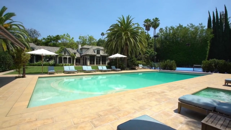 9425 Sunset Blvd - Beverly Hills