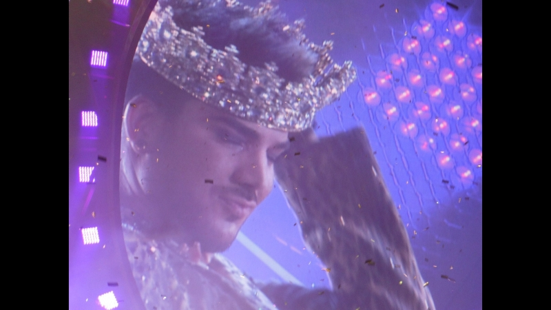 Коронация Адама - Brian May Crowns Adam Lambert - 19/06/2014 Chicago