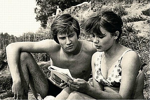 елена цыплакова хрупкую большеглазую девочку елену цыплакову зрители увидели на экране в 70-х годах и сразу же полюбили. причём очаровательной актриса была и в роли кэтти в «д'артаньяне и трёх