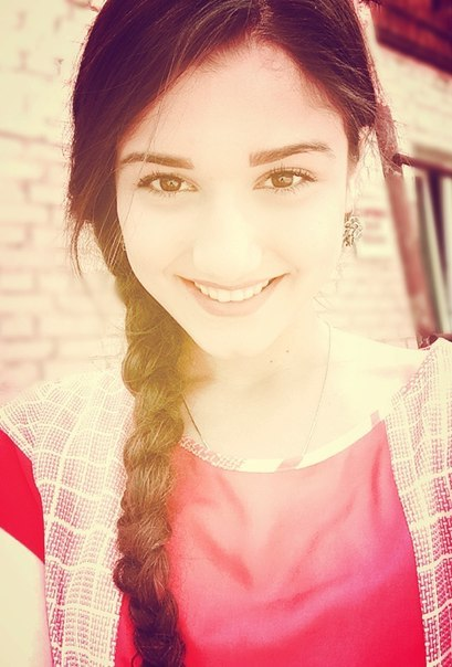 Фото красивых девушек чеченок селфи