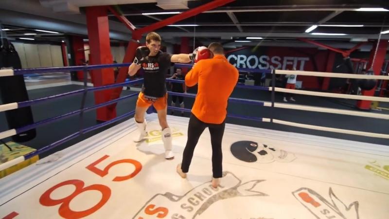 [Боевые ботаники] Бокс против муай тай! Спарринг Алиев vs Дунец — боксер/боевой самбист против тайского боксера (5/6)