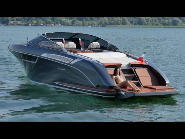 Luxury Yacht - Riva Rivamare