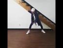 24K Чонук танцует