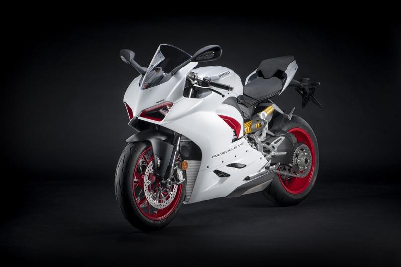 Ducati представили бело-красную расцветку для Panigale V2