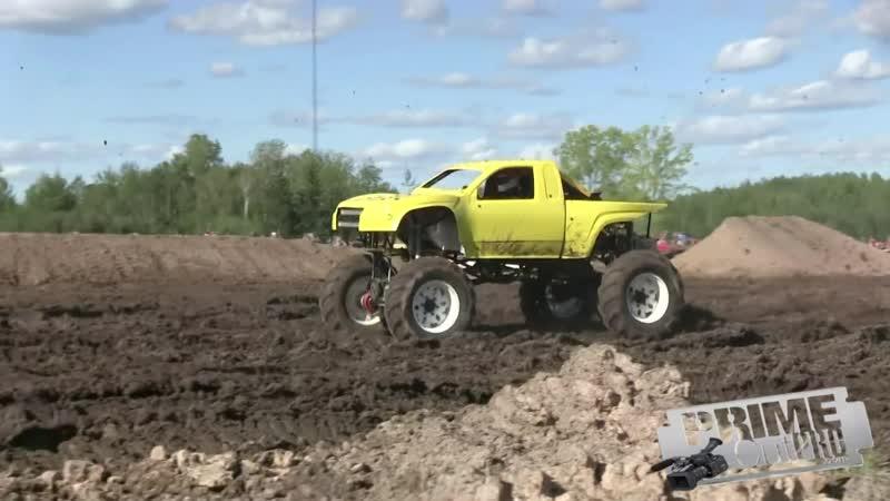 Mega Trucks Freestyle Part 1 Michigan Mud Jam