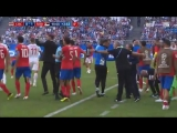 Неманья Матич на матче с Коста-Рикой