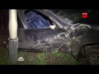 Пьяная девушка без прав не вписалась в поворот и снесла фонарный столб в Хабаровске